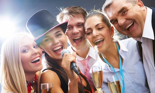 CityGames Flensburg Party Sightseeing Tour: Karaoke Party Pur mit All in zwei Stunden Party pur